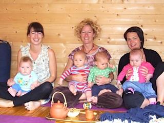 hannah waldman mother and baby yoga teacher brighton and hove yoga studio hove