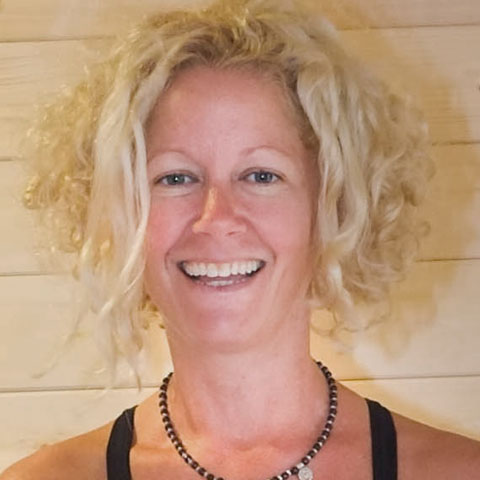 hannah waldman yoga teacher hove yoga studio bodyorigami brighton and hove