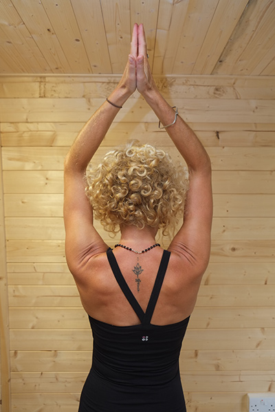 hannah waldman yoga teacher bodyorigami yoga hove yoga studio brighton